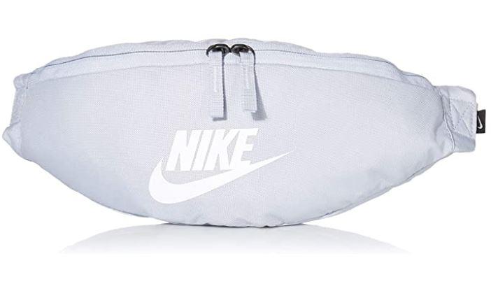 Nike Heritage Hip banane blanche washed coral avec logo en matiere reflechissante