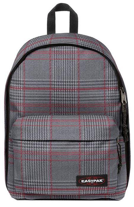 sac a dos Eastpak Out Of Office gris avec des carreaux rouges modele K767 44 cm et un compartiment pour y mettre un ordinateur portable capacite totale de 27 litres