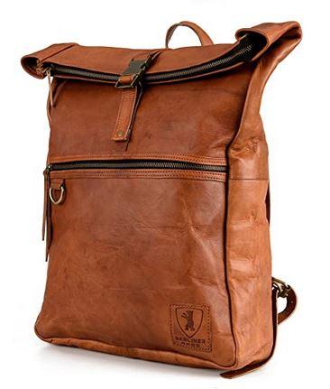 sac a dos roll top au look vintage en cuir marron pouvant accueillir un pc portable de 17 pouces de la marque Berliner Bags