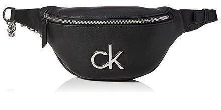 sac banane pour femme de la marque Calvin Klein modele Crossovers en cuir over avec insigne en acier chrome
