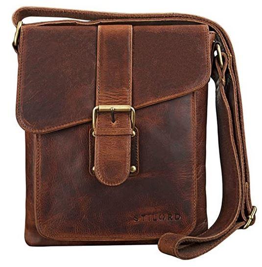 sacoche vintage pour homme en cuir marron fonce avec de nombreuses poches et sangle effet ceinture de la marque Stilord
